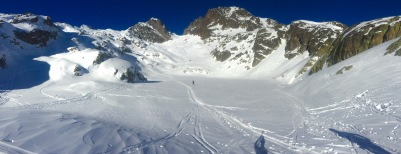 Lac Blanc in winter with the Col du Belevedere in the background